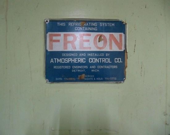 Key Difference - Freon vs Refrigerant