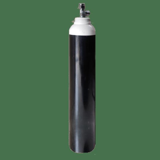 Key Difference - Oxygen Concentrator vs Oxygen Cylinder