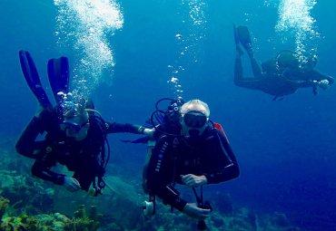 Plongée sous-marine : une question de poids