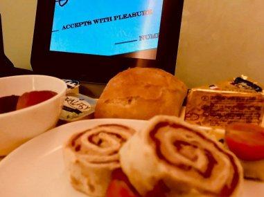Plateau repas dans un avion