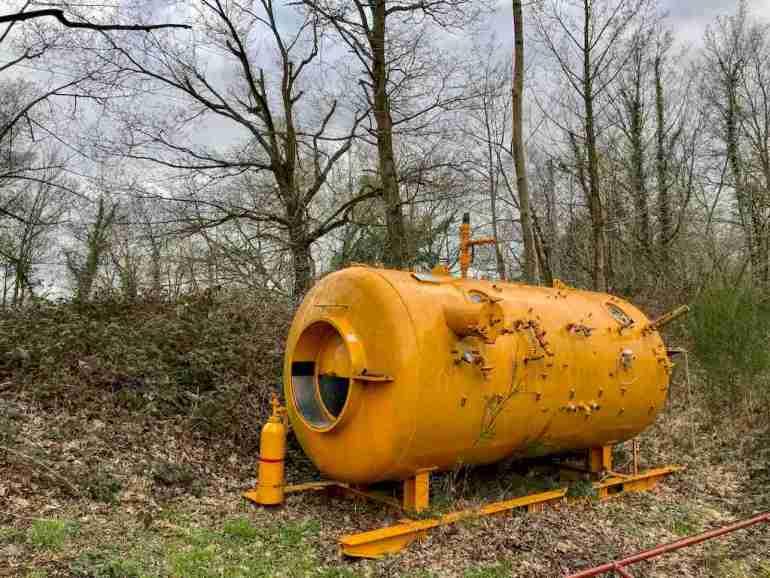 Un ancien caisson de décompression sur le site de la carrière de Dongelberg