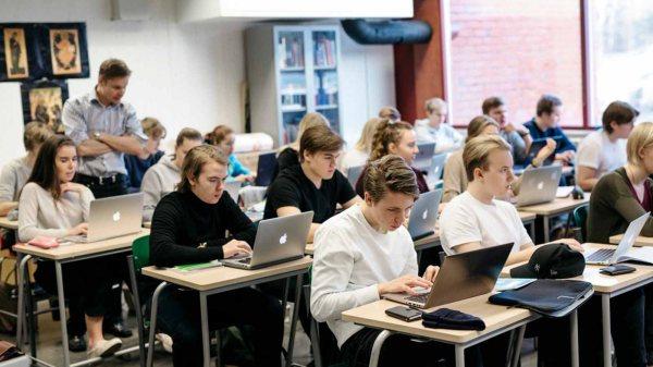ফিনল্যান্ডের শিক্ষাব্যবস্থা বিশ্ব সেরা, নেই হোম ওয়ার্ক ও পরীক্ষা