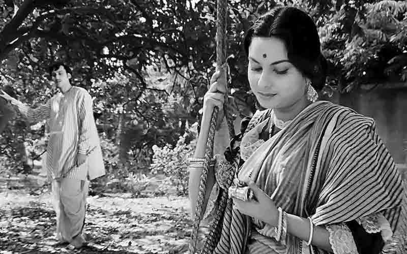 সত্যজিৎ রায়: চারুলতা (১৯৬৪)