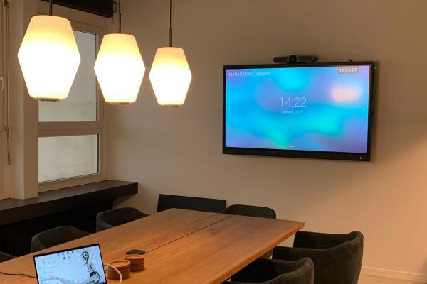 Realisatie | Interactieve schermen bij Macan Development