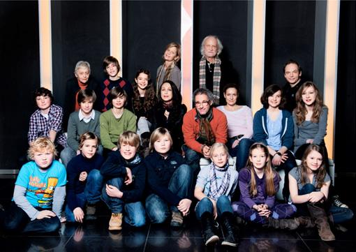 Mitglieder der Kommission Kinderfilm: Peter Zenk, Dani Levy, Lisa Martinek, Kit Hopkins, Martin Kukula, Lucie Bates, Barbara Hennings, Johannes Selle mit den Kindervertretern