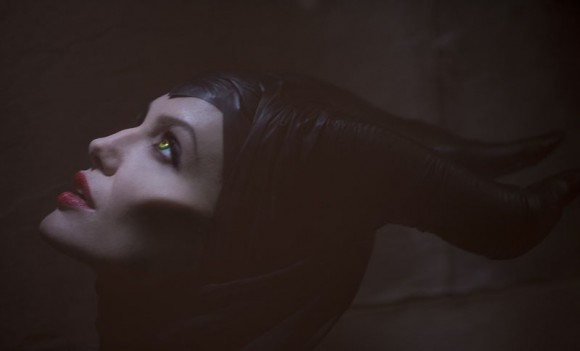 Disney-Maleficient-Jolie