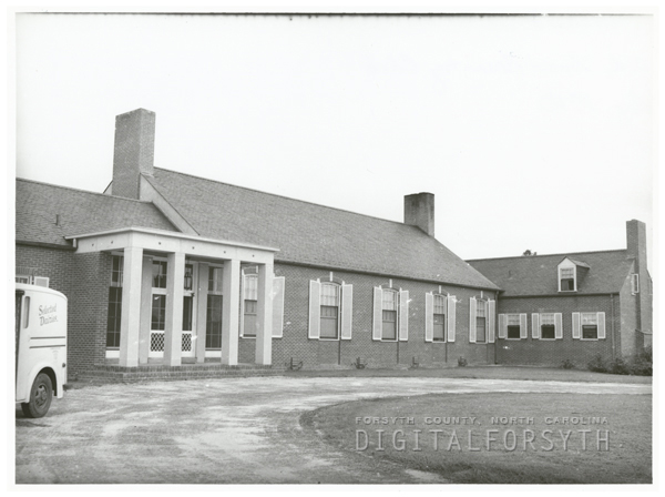 The front of Old Town Club, 1940.