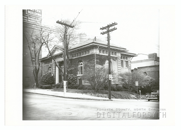 Carnegie Library on Cherry Street, 1954.