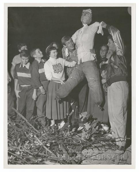 Gray High School students, 1950.