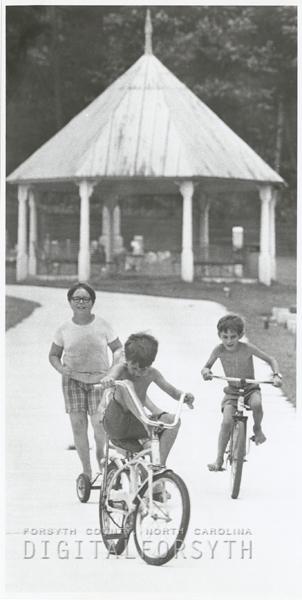 Children playing near the Pfafftown cemetery, 1973.