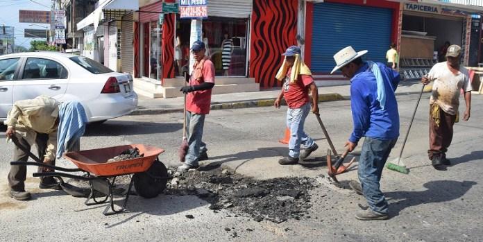 bacheo_calles-acapulco (2)