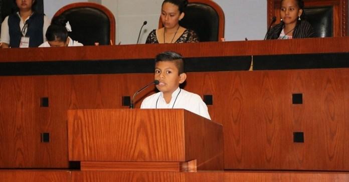 parlamento_infantil_sesión