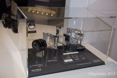 CES-Sony (12 of 24)