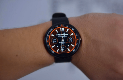 "Watch face in ""on"" mode."