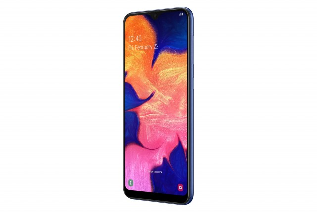 samsung_galaxy_a10_perspective_blue