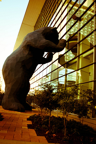 Big Blue Bear in Denver, CO - Denver Convention Center