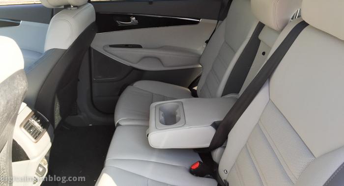 kia-sorento-back-seat