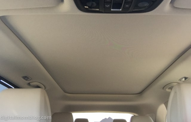2016 Kia Sorento sunroof