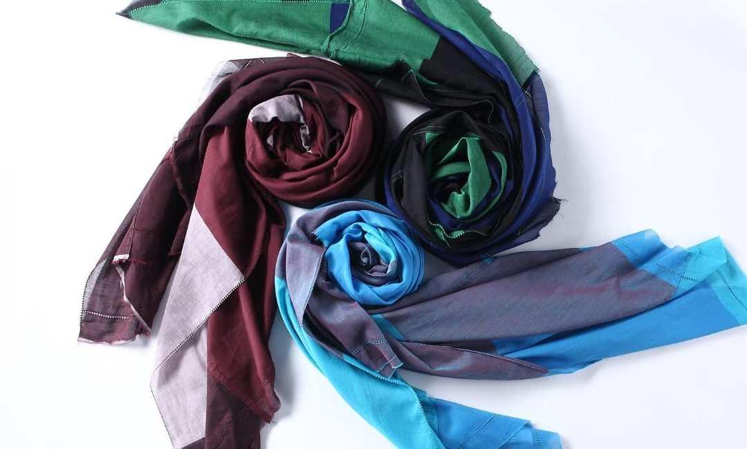 How to Tie a Scarf 25 Ways!