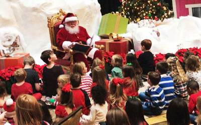 Christmas at the Anatole Review – Peppermint Park, Movie Night, Breakfast with Santa and MORE!