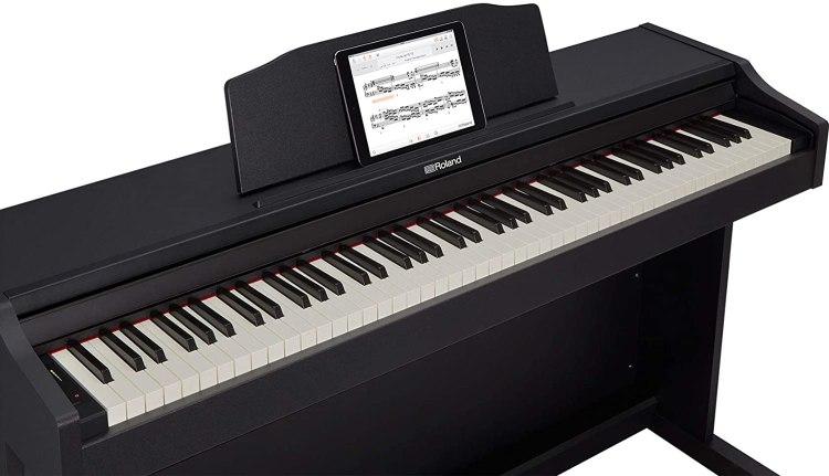 Roland RP-102 digital piano