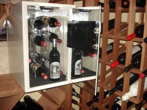 Wine Safe 022