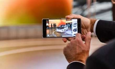 First Ever Augmented Reality Dealership Launched By BMW