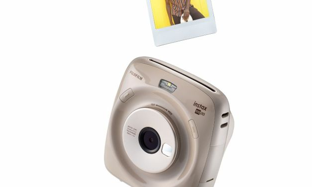 FUJIFILM launches new INSTAX SQUARE SQ20 hybrid instant camera in South Africa