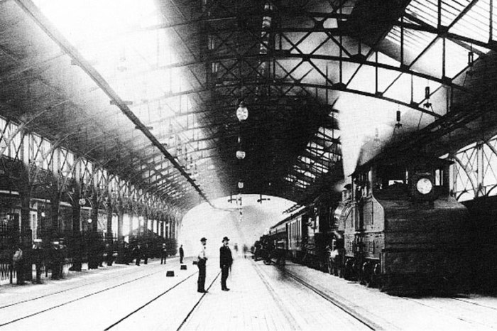 Mt_Royal_Station_in_1896_overlay_web