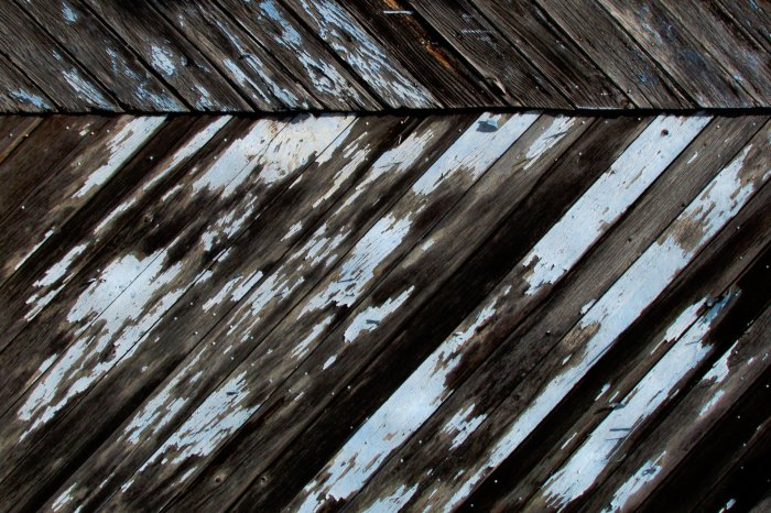 Faded-blue-wood-background-multiply