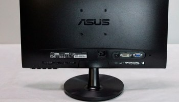 How to hook up your laptop or computer to multiple external