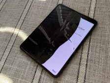 Samsung Galaxy Fold Broken Display