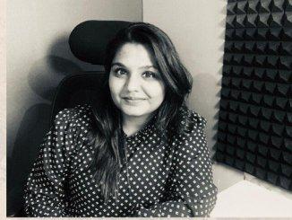 Business News Digpu - Reshu Singhal - Tuition Teacher Turned Marketing Video Expert