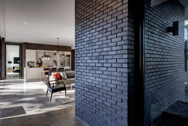 Texas House With Dramatic Black Brick Cladding DigsDigs