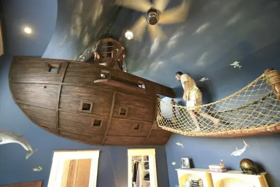 Pirate Ship Kids Bedroom (via <a rel=