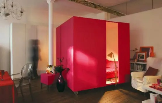 Mobile Red Cube Bedroom (via <a rel=