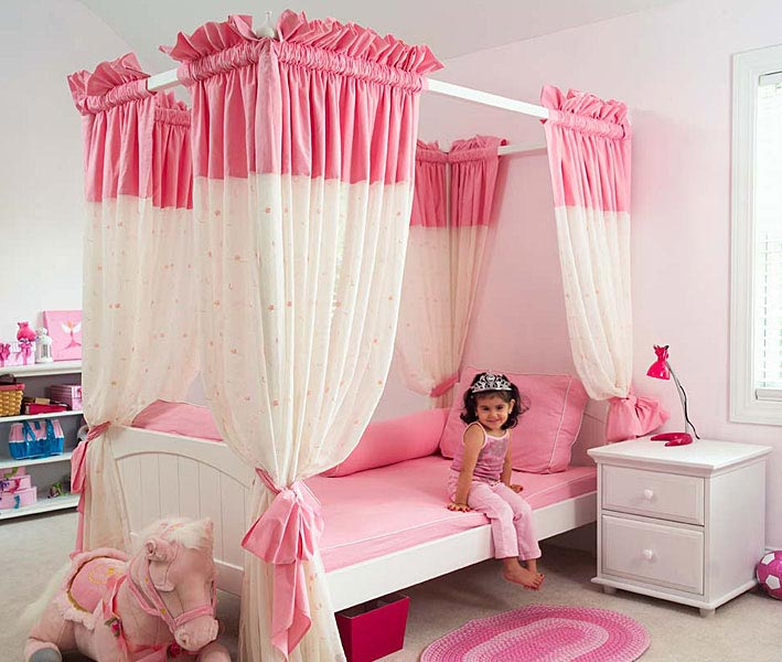 15 Cool Ideas For Pink Girls Bedrooms | DigsDigs on Girls Bedroom Ideas For Small Rooms  id=41236