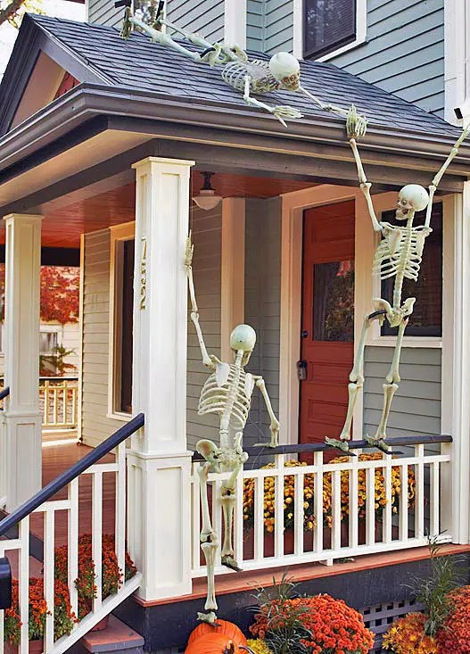 125 Cool Outdoor Halloween Decorating Ideas - DigsDigs on Lawn Decorating Ideas id=55862