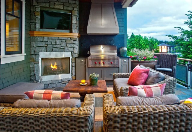A proper ventilation could make your outdoor room much comfy to use when somebody's grilling steaks.
