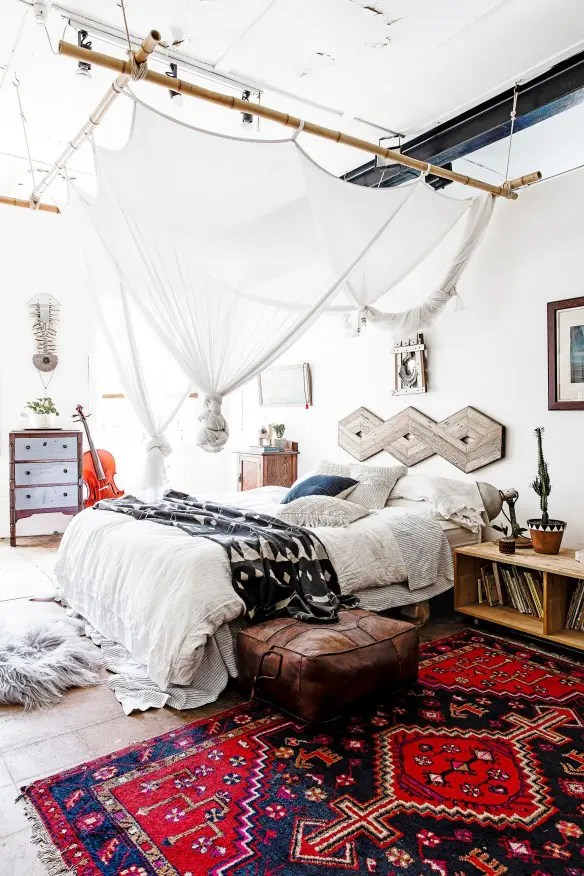 65 Refined Boho Chic Bedroom Designs   DigsDigs A bold  bright rug mixed with a creative but subtle canopy make this  bedroom s decor