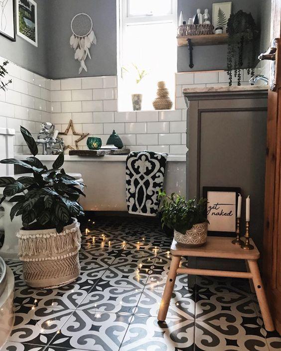 58 Bright Bohemian Bathroom Design Ideas - DigsDigs on Monochromatic Bathroom Ideas  id=44041