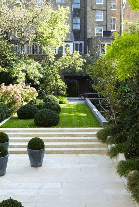 49 Beautiful Townhouse Courtyard Garden Designs - DigsDigs on Townhouse Patio Ideas id=34723