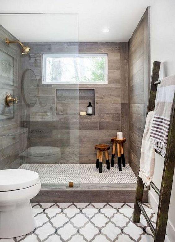 62 Cozy And Relaxing Farmhouse Bathroom Designs - DigsDigs on Farmhouse Tile Bathroom Floor  id=31265