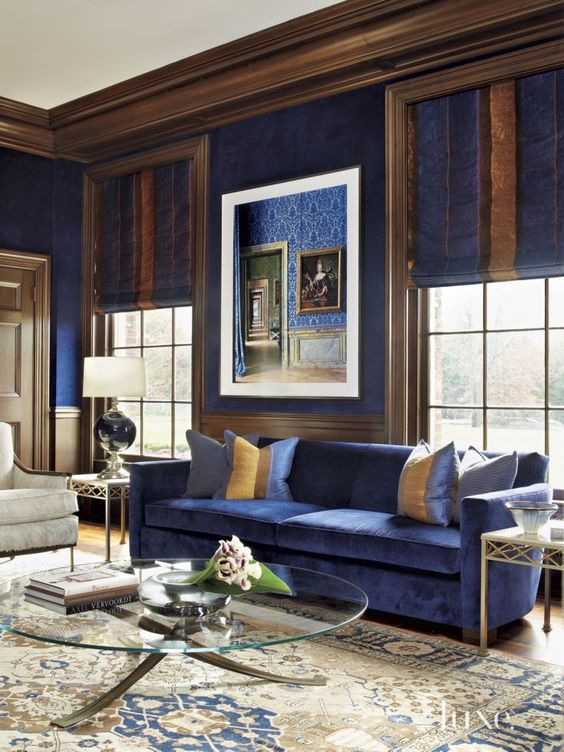 26 Cool Brown And Blue Living Room Designs   DigsDigs royal blue living room with rich brown and creamy accents