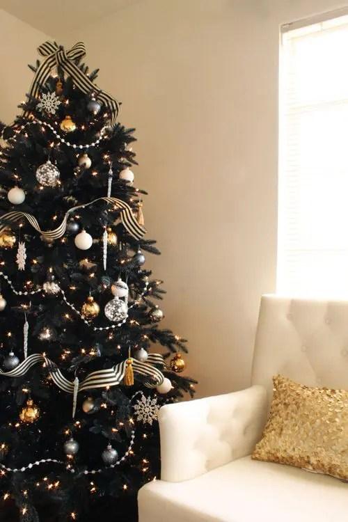 Gold Christmas Garland Decoration Ideas