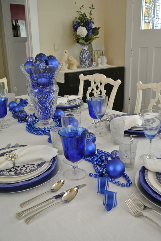 Navy Blue And Silver Christmas Decorations ...