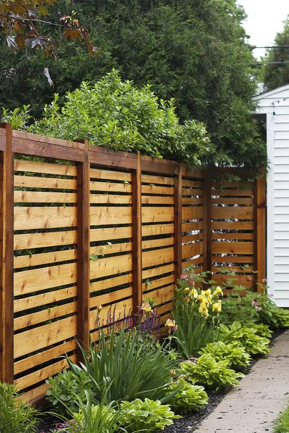 45 Privacy Fence Design Ideas To Get Inspired - DigsDigs on Backyard Wooden Fence Decorating Ideas id=38125