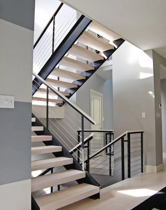 38 Edgy Cable Railing Ideas For Indoors And Outdoors Digsdigs | Black Modern Stair Railing | Glass | Raised Ranch | Minimalist | Interior | Chris Loves