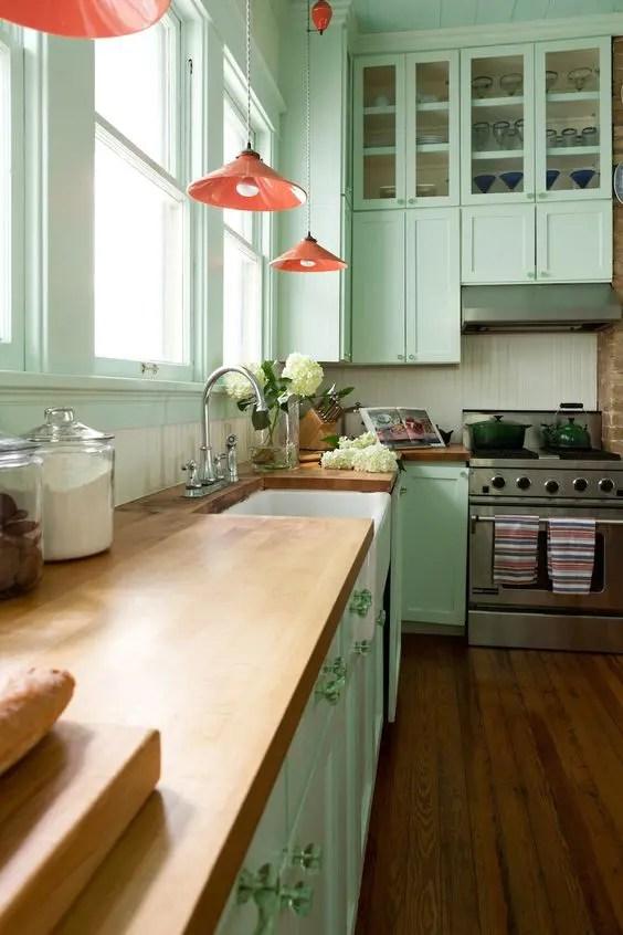 30 Green Kitchen Decor Ideas That Inspire DigsDigs