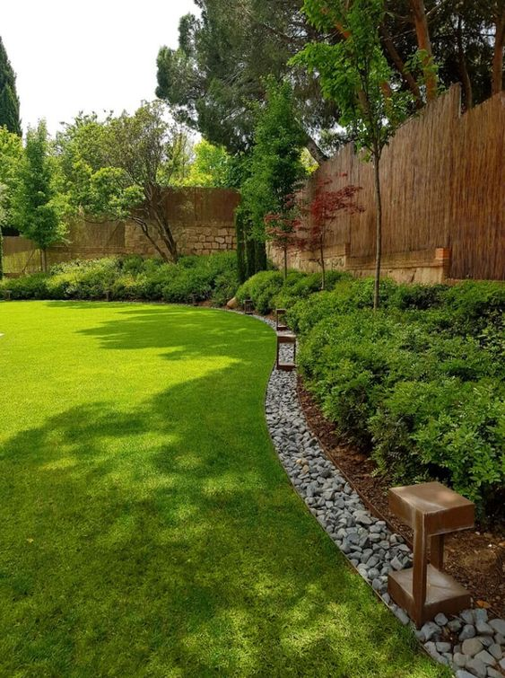 40 Stylish And Inspiring Garden Edging Ideas - DigsDigs on Backyard Border Ideas id=82177